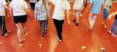 Zabawy ruchowe i gimnastyczne dla przedszkolaków - Pani Monia Basketball Court, Sports, Children, Entertaining, Hs Sports, Sport, Exercise