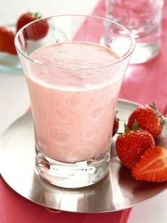 cup strawberries, half cup milk (use soy milk or almond milk instead) and a teaspoon of vanilla for a quick breakfast smoothie