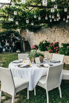 romantic wedding reception - photo by Aberrazioni Cromatiche http://ruffledblog.com/a-must-see-amalfi-coast-wedding-with-dazzling-views