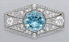 Aquamarine and Diamond Brooch Platinum, the elongated hexagonal pierced mount… Bijoux Art Deco, Art Deco Jewelry, Jewelry Design, Belle Epoque, I Love Jewelry, Fine Jewelry, Jewelry Box, Antique Jewelry, Vintage Jewelry