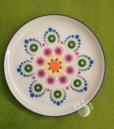 Acrylic Painting Inspiration, Dot Art Painting, Mandala Painting, Hand Painted Pottery, Painted Pots, Mandala Dots, Mandala Design, Tree Of Life Art, Mandala Painted Rocks