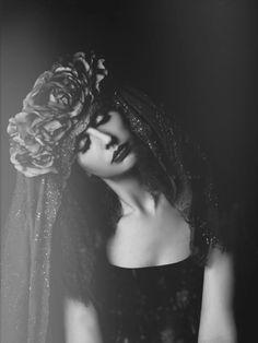 Magic Owen – Ruby Heels • Dark Beauty Magazine