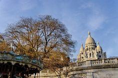 El estilo románico-bizantino de la Basílica del #SacreCoeur de #París contrasta con el gótico de #NotreDame. http://www.viajaraparis.com/lugares-para-visitar-en-paris/sacre-coeur-de-paris/ #viajar #turismo