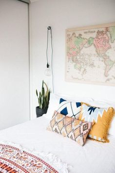 Bohemian Bedroom Decorating Style