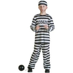 Big Boys' Prisoner Costume: He's resorted to a life of crime already. This Boys Prisoner Costume is a great classic prisoner costume! Just pick up the chain and you'll look like your headed behind bars. Robber Halloween Costume, Baby Halloween Costumes, Halloween Ideas, Girl Halloween, Halloween 2018, Halloween Stuff, Halloween Party, Cops And Robbers Costume, Halloween