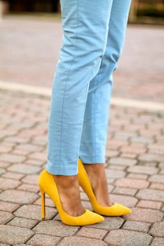 #blue denim + #yellow pumps