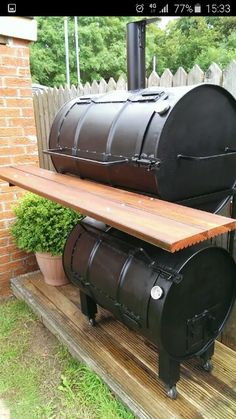 - Homemade smoker … – Homemade s - Diy Smoker, Homemade Smoker, Bbq Pitmasters, Fire Pit Grill, Bbq Grill, Barbecue, Best Bbq Smokers, Build Your Own Smoker, Oil Drum Bbq