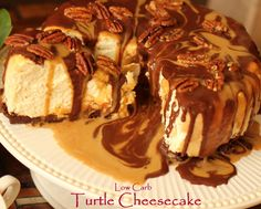 Turtle Cheesecake Turtle cheesecake is another extremely popular cheesecake flavor. This recipe takes this traditional favorite a step further by creating a low carb option with a taste and texture identical to that of the original. The sugar substitute used to make the caramel in this recipe is Swerve, which is as sweet as sugar but has an extremely low glycemic index.