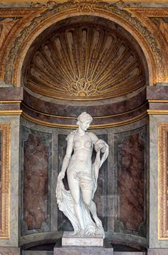 Beautiful sculpture at Versailles ©2013 blossomgraphicdesign.com
