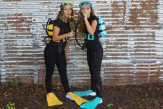 19 last minute super diy halloween costumes that you can make quicklyThese are the best last minute Halloween costumes for women, men, kids and teens. There are even some Halloween costume ideas for families and