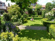 Mooie tuin, Genoeg gras en mooi aangelegde borders