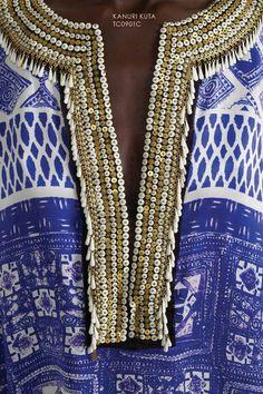 beadwork on collar Ethnic Chic, Boho Chic, Blue Gold, Blue And White, Kaftan Style, Little Falls, Fashion Colours, Hippie Boho, Print Patterns