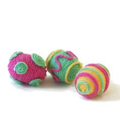 Check out 9 of our favorite patterns for Easter, including these sweet fast-finish yarn-wrapped eggs!