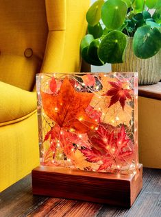 Autumn leaf and resin light sculpture with antique reclaimed pitch pine base *One of a kind* Diy Resin Art, Diy Resin Crafts, Diy Art, Diy And Crafts, Diy Resin Light, Resin And Wood Diy, Epoxy Resin Wood, Clear Resin, Glass Cast Resin