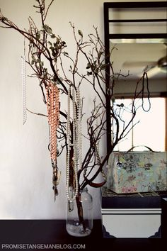 1000 images about w jewelry stand on pinterest jewelry for Tree branch jewelry holder