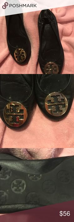 Tory Burch.         $$ 💔💔56 Very comfortable a little worn both heels but not noticeable when wearing. Tory Burch Shoes Flats & Loafers