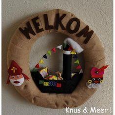 Sinterklaaskrans met stoomboot.