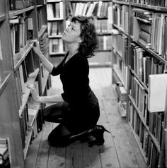 Helen McCrory and books :)