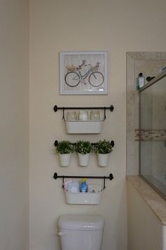 Bathroom Hacks And Tips 99 Quick And Easy Bathroom Organization Ideas Small Bathroom Organization, Bathroom Hacks, Diy Bathroom Decor, Simple Bathroom, Bathroom Towels, Bathroom Furniture, Organization Ideas, Bathroom Ideas, Storage Ideas