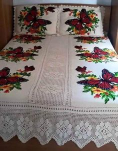 Discover thousands of images about Chelo Hernandez Butterfly Cross Stitch, Cross Stitch Rose, Designer Bed Sheets, Crochet Bedspread Pattern, Embroidered Cushions, Filet Crochet, Fabric Painting, Bed Covers, Bed Spreads