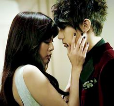 Hyunseung and HyunA just released their new single Troublemaker. It's simply fantastic.