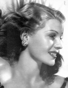 Rita Hayworth Old Hollywood Giclee Print Home by ThePreciousPast Hollywood Icons, Old Hollywood Glamour, Golden Age Of Hollywood, Vintage Hollywood, Hollywood Stars, Classic Hollywood, Hollywood Celebrities, Hollywood Regency, Rita Hayworth
