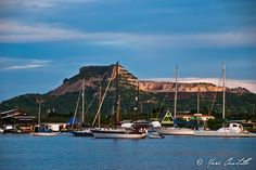 Tafelberg by Marc Castillo, via Flickr