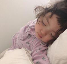 Cute Asian Babies, Korean Babies, Cute Babies, Baby Kids, Cute Baby Meme, Cute Memes, Love Smile Quotes, Cute Baby Girl Pictures, Baby Tumblr