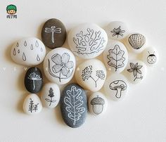 caillouxavril painted rocks rock, craft and rock art Stone Crafts, Rock Crafts, Fun Crafts, Diy And Crafts, Arts And Crafts, Pebble Painting, Pebble Art, Stone Painting, Diy Painting