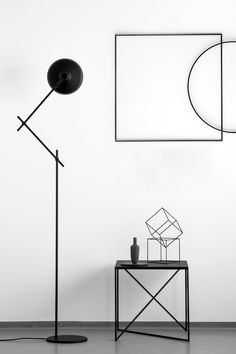 This contrast is seriously effective and shows how you can work the geometric trend in a minimalist way.