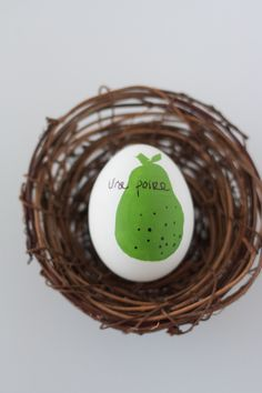 The Alison Show: DIY Fruity French Easter Eggs #springforpears and #usapears