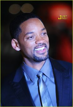 Will Smith: The man who can make you laugh and cry, all in the same movie. Jada Pinkett Smith, Jaden Smith, Willow Smith, Rapper, Don Corleone, Men In Black, What Makes A Man, Hollywood Men, Stars Then And Now