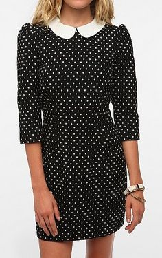 From this Summer...I still just adore this little Peter Pan collar. I want one!  New Trends To Try   Simon Malls