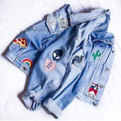 """Jaqueta jeans linda customizada com os nossos patches pela musa @lubespeschit  Adquira os seus também na nossa sessão """"Acessórios"""" do site (link na bio) by ziovara                                                                                                                                                                                 More"""