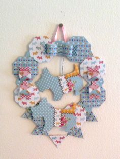 This wreath uses the scotty dog as it's inspiration. Craftwork Cards, Scottie Dog, Kitsch, Craft Projects, Paper Crafts, Collections, Wreaths, Inspiration, Biblical Inspiration