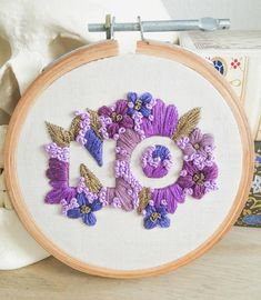 "3,714 Likes, 32 Comments - Line (@hybel_stitches) on Instagram: ""A very small, floral and gold no. #embroidery #embroidered #embroideryart #embroideryhoop #hoopart…"""