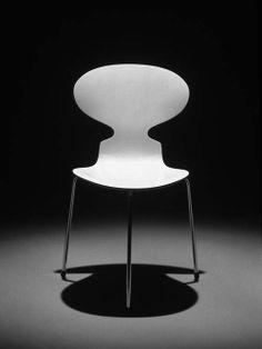 Arne Jacobsen, chair Myren (=Ant), 1952. Photo: Republic of Fritz Hansen ®