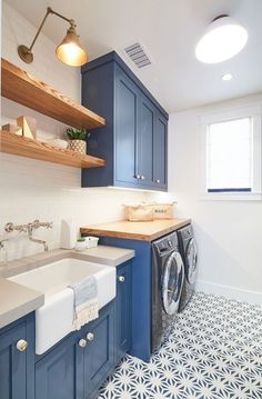 These amazing farmhouse laundry room decor ideas bring the charm to your house. So, here are some inspirations of farmhouse laundry room decor ideas. Laundry Room Remodel, Laundry Room Cabinets, Laundry Room Organization, Grey Cabinets, Laundry Room Design, Laundry Area, Blue Laundry Rooms, Modern Laundry Rooms, Farmhouse Laundry Room