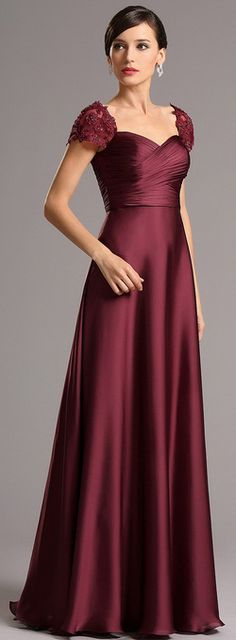 Burgundy gown with embroidered capped sleeves! this dress is sweet and noble.