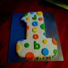 1st Bday cake, pull apart cupcake cake????