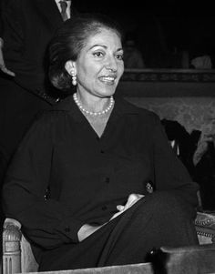 Champs Elysees Theater, Paris, for the benefit of Cypriot refugees and refugees, November 1975 Gala for film Attila 74 Maria Callas, Champs Elysees, Theater, Benefit, Legends, November, Kimono, Paris, Film