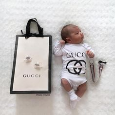 - Gucci Baby Clothes - Ideas of Gucci Baby Clothes Gucci Baby Clothes, Designer Baby Clothes, Cute Baby Clothes, Newborn Girl Outfits, Newborn Clothing, Baby Bling, Foto Baby, Baby Nest, Dream Baby