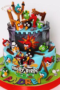 Tort cu Angry Birds pentru Andrei