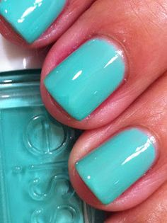 Essie's Resort collection from summer 2010   Turquoise and Caicos is a beautiful minty turquoise creme. I used three coats for full coverage. Just lovely.