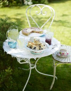 Whip up an English #picnic tea in the garden #scones #cake with this gorgeous garden furniture. As seen in Essentials magazine