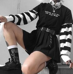 Gothic Outfits, Edgy Outfits, Grunge Outfits, Retro Outfits, Cute Casual Outfits, Female Outfits, Egirl Fashion, Teen Fashion Outfits, Grunge Fashion