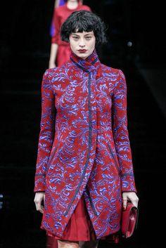 Emporio Armani Automne/Hiver 2015, Womenswear - Défilés (#21057) Emporio Armani, Catwalks, Women Wear, Shirt Dress, Winter, Mens Tops, Shirts, Dresses, Fashion