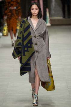 Burberry Prorsum | Fall 2014 Ready-to-Wear Collection | Style.com#27