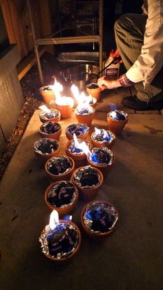 individual s'mores fires - great for Partys! Just put one in the middle of each table!