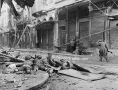Photo taken in December 1944 in Athens, of soldiers during the World War II. British troops entered Athens 14 October two months before the civil war began in Greece. Greece History, Greece Photography, Military Branches, Old Photos, Vintage Photos, Historical Images, In Ancient Times, Athens Greece, Crete